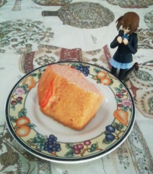 Yui-strawberry-creme-cake-01